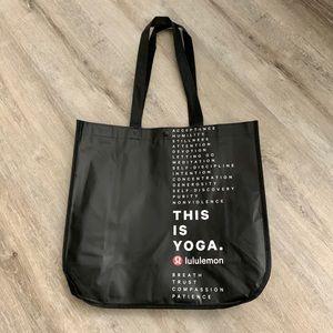 1 new Lululemon LARGE shopping bag